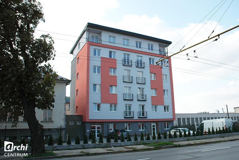 bytovy-dom-v-Presove-rekonstrukcia-a-nadstavba-01